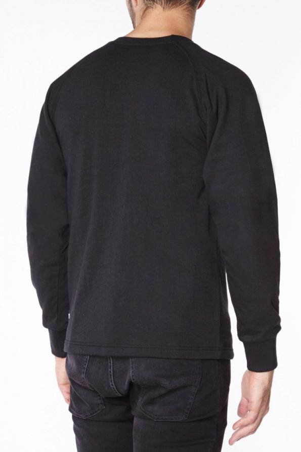 black_long_sleeved_t-shirt_b